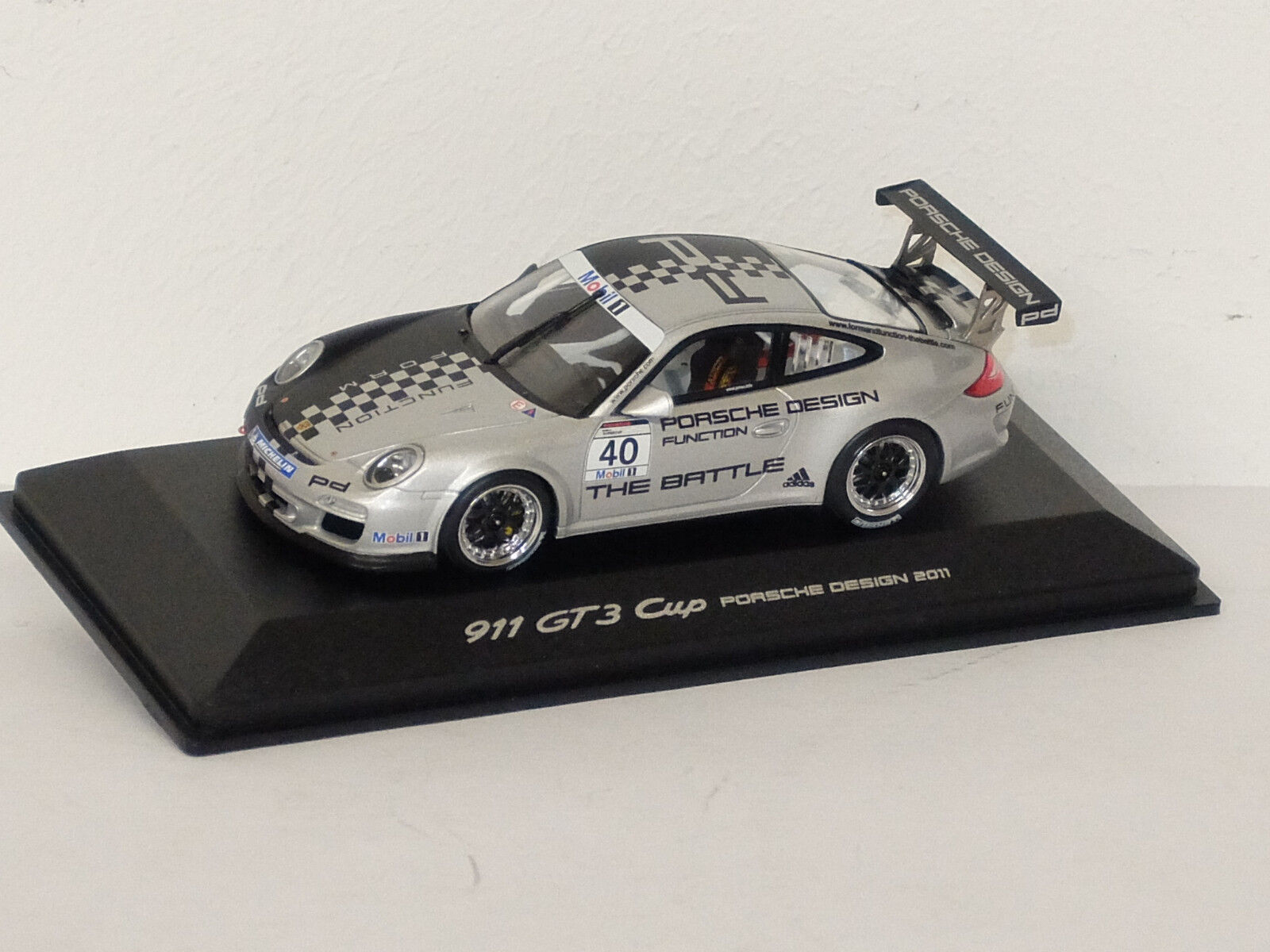 n ° 1 en línea Porsche 911 (997) 3 GT Cup  Design Design Design Edition 2011  Minichamps 1 43  Envío rápido y el mejor servicio