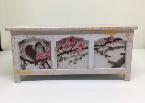 Escala 1:12th Casa de Muñecas en Miniatura Shabby Chic Manta Caja Pájaro Flor Calcomanías