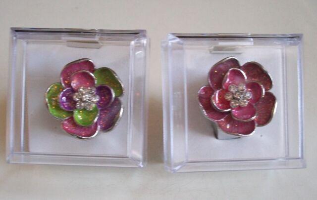 Women's Flower Pattern with Rhinestones Fashion Ring Watch