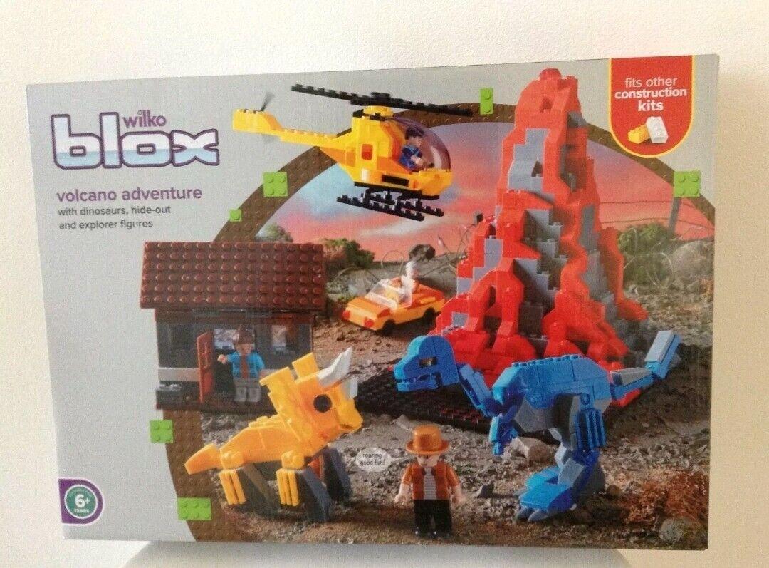 NEW NEW NEW Wilko Blox Volcano Adventure With  Dinosaurs Hide- Out & Explorer Figures 51ece8