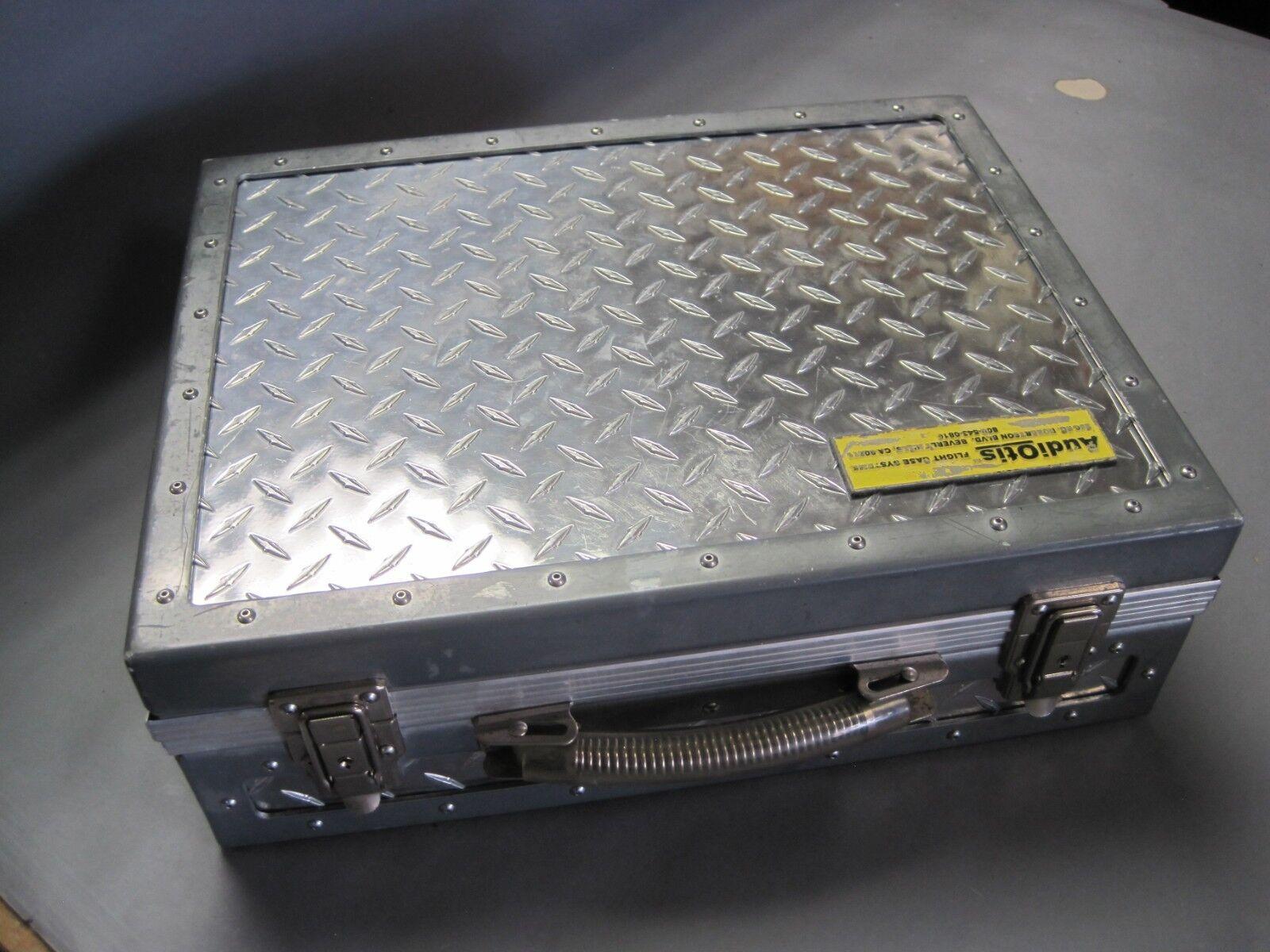 AudiOtis Flight Case Systems Carrying Case Large Attache Style Foam Inside Audio