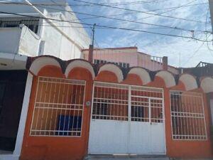 SE VENDE CASA AMPLIA EN LAS PALMAS PARA GIRO COMERCIAL