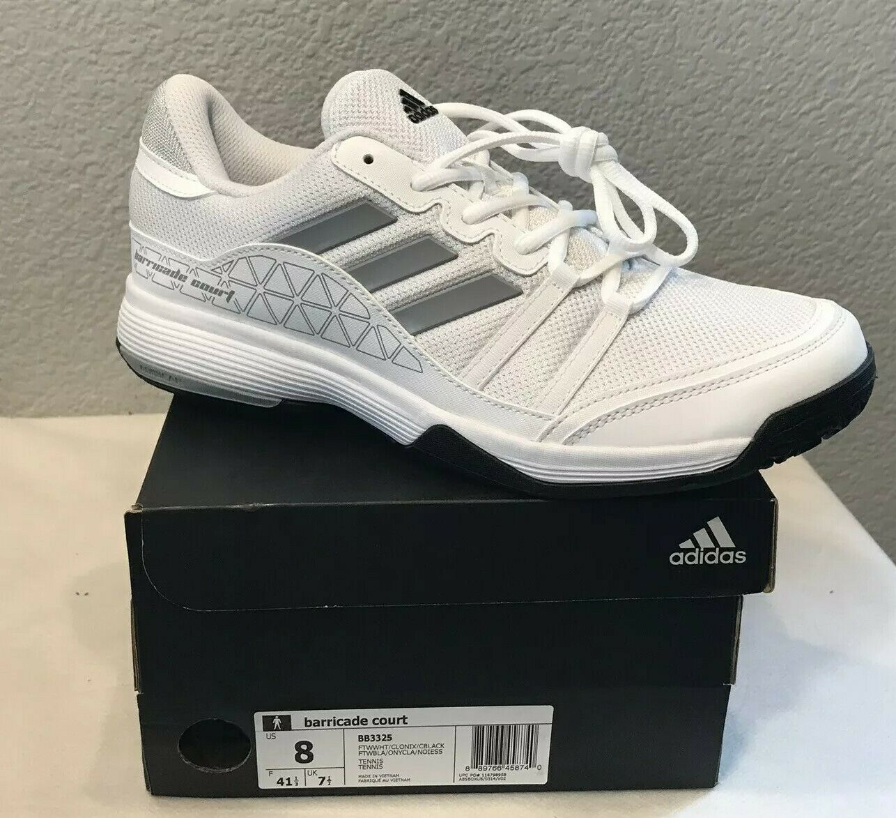 NEW   Men's Adidas Barricade Court Tennis shoes White (BB3325) Men's Size 8