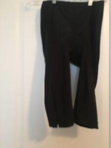 REI-Women-039-s-Capri-Padded-Cycling-Pants-Sz-M-Black