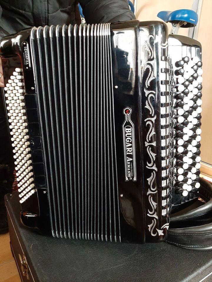 Knapharmonika, Bugari Armando