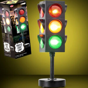 Retro LED Traffic Light Lamp Office Bedroom Boys Girls Christmas - Traffic light for bedroom