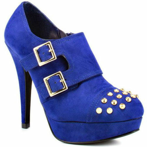 G BY GUESS BOOTS-- NWT-- SUPER CHIC-- size 9--BLUE-