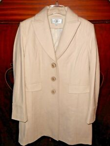DONATELLA-Winter-White-Coat-new-without-tags-Sz-L-Wool-Blend-Fitted-SEXY