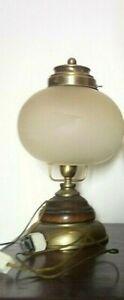 Lampada Da Tavolo Vintage Ottone Legno E Vetro Sabbiato Ebay
