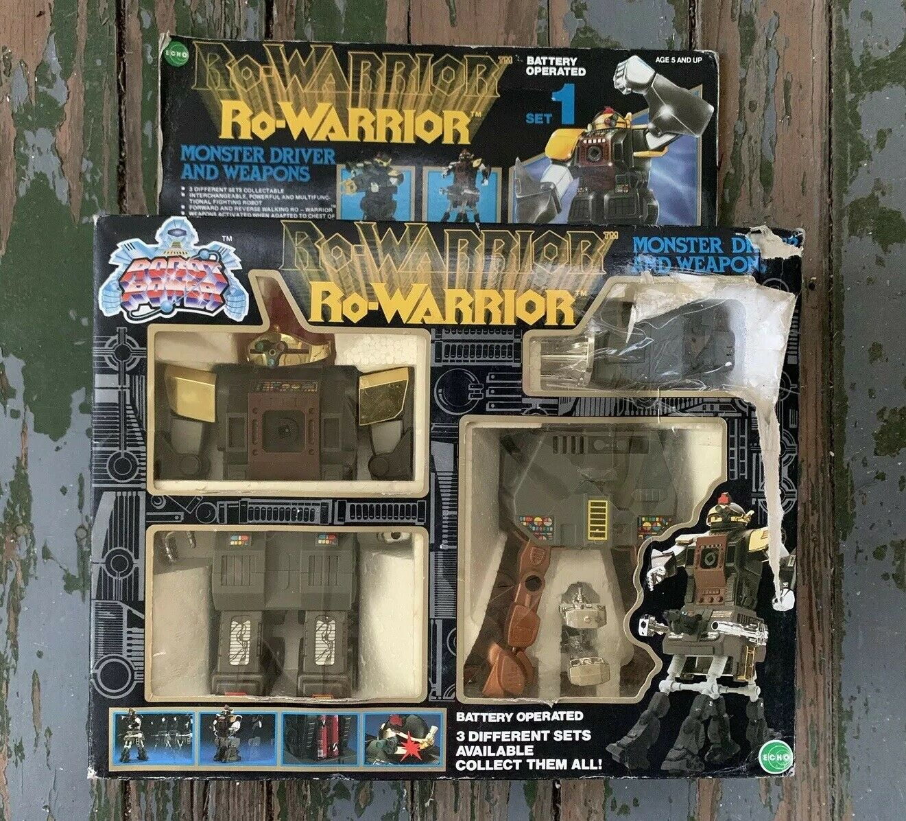 Vintage Echo Ro-Warrior Set 2 Robot Grand Commander With Weapons & Instructions