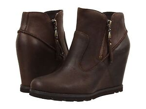 Womens Boots UGG Myrna Lodge Leather
