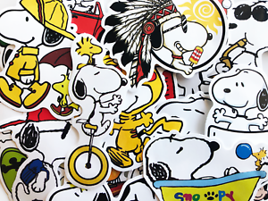 20 Snoopy Woodstock Charlie Brown Cartoon Cute Dog Anime Stickerbomb Stickers