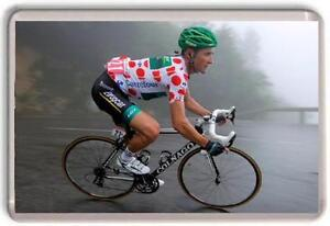 Thomas-Voeckler-polka-dot-Jersey-Tour-de-France-2012-Fridge-Magnet-01