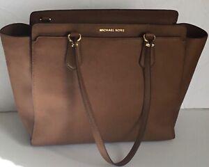 Michael-Kors-Handbag-Dee-Dee-Large-Saffiano-Convertible-Tote-Shoulder-Brown-bag
