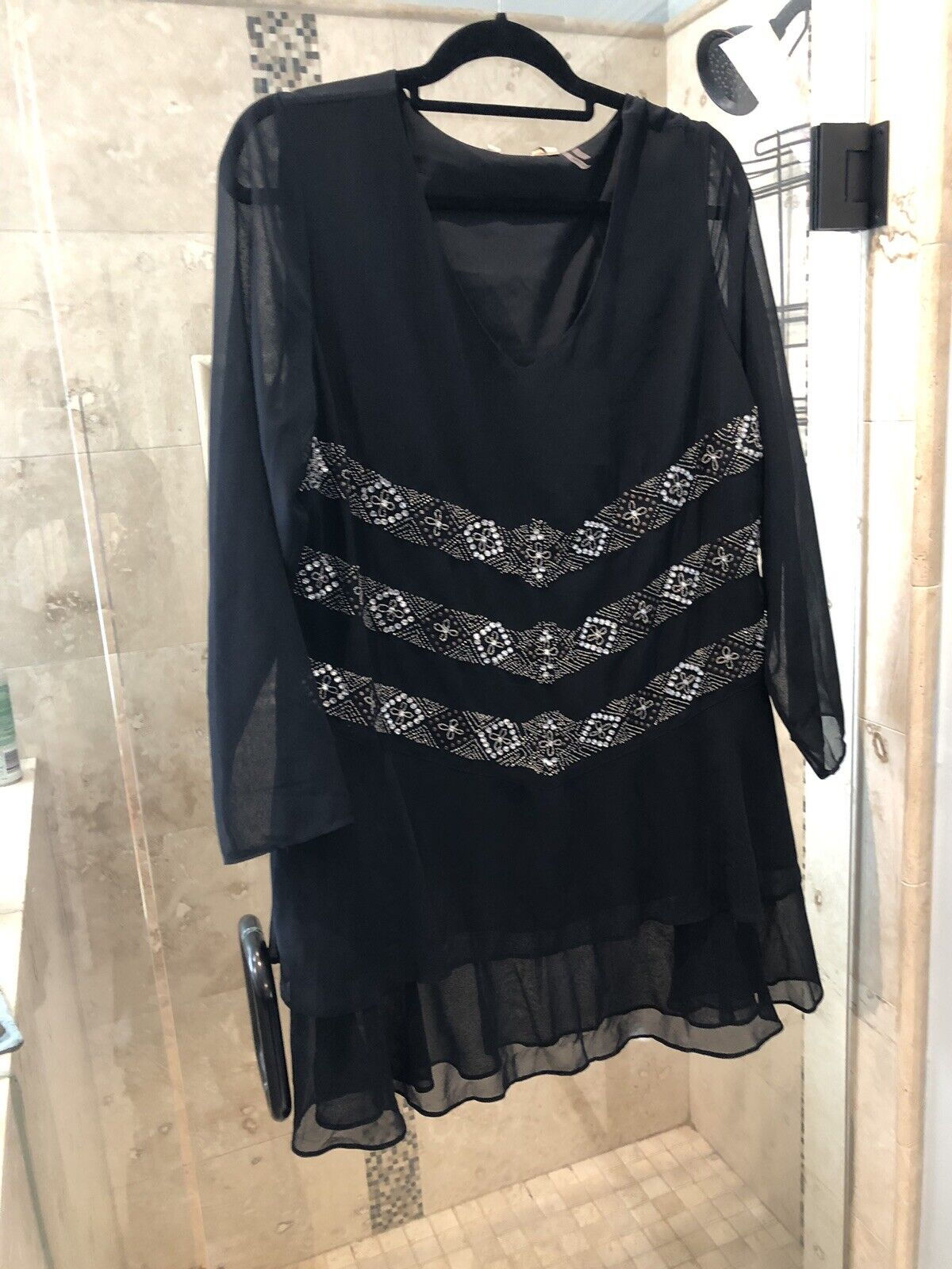 NEW SOFT SURROUNDINGS damen Blouse Top Blouse schwarz Crystal Stunning Tunic