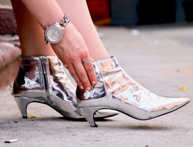 63ca96a628e ZARA SILVER METALLIC MID HEEL POINTED ANKLE BOOTS SIZE UK 4 EU 37 Ref