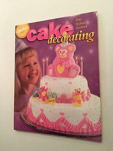 Wilton 1998 Cake Decorating Yearbook 1701-9800 New! eBay
