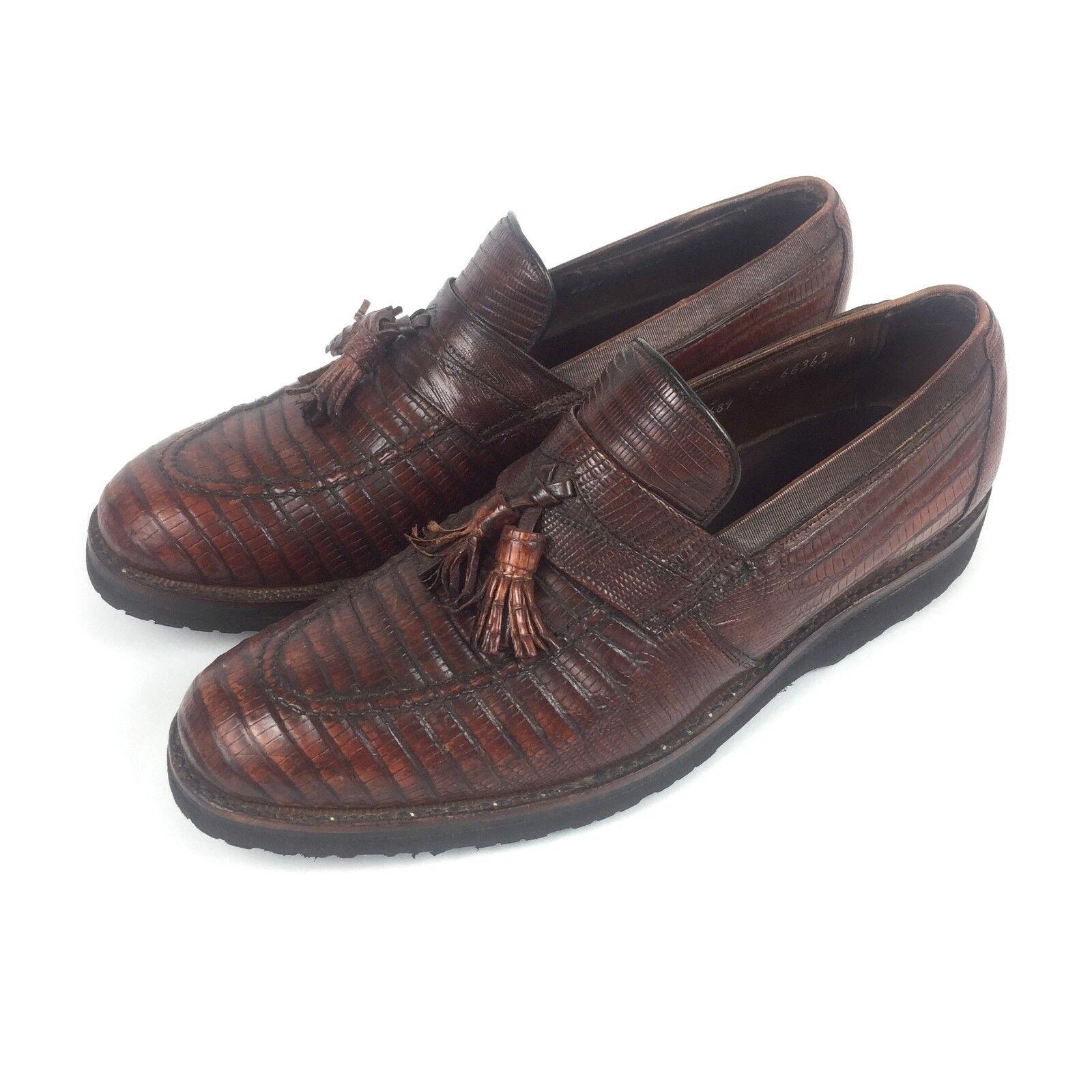 marchio in liquidazione Allen Edmonds Clayton Clayton Clayton Ostendo Tassle Loafers, 8C  negozio di moda in vendita