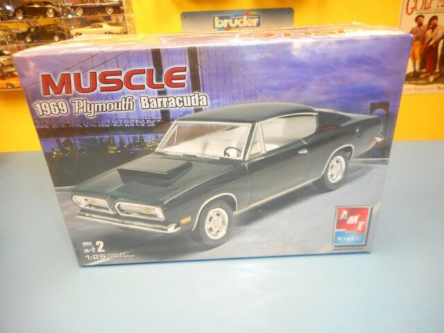 Amt 1969 Plymouth Barracuda Muscle Car Model Kit 38275 Ebay