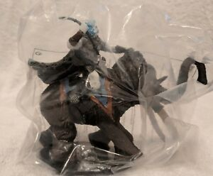 Tundra-Scout-57-60-CE-166-War-of-Dragon-Queen-Dungeons-amp-Dragons-Miniatures-2006