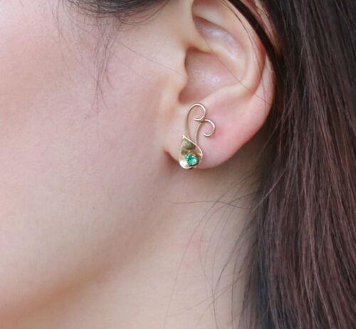 Vintage 10K Green Stone Screw Back Earrings