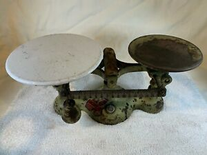 Antique-Chatillon-Cast-Iron-amp-Porcelain-BALANCE-SCALE-Vintage-16oz-A751