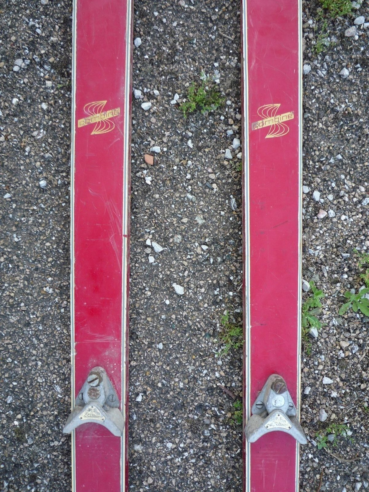 Skis/ski Rossignol de combiné ancien/planche de Rossignol bois/luge cd4d22