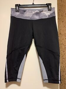 Lululemon-Race-With-Grace-Crop-Size-8-Black-Gray