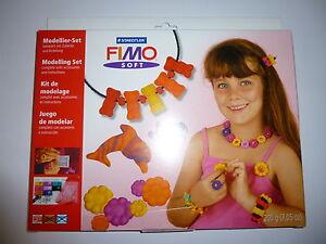 Fimo-soft-Bastelset-Schmuckbasteln-Kinder-Modellier-Set-8xFimo-Star-Modell-rot