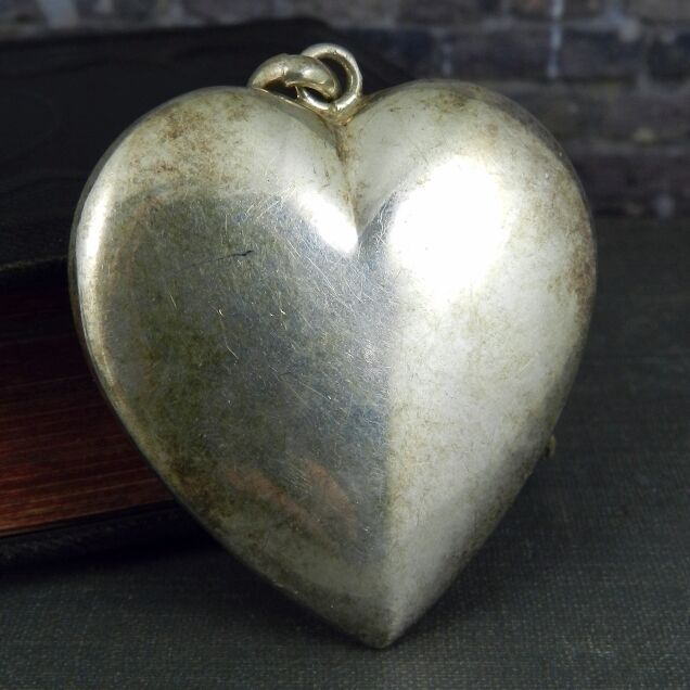 Large Plain Puffy Heart Pendant in Sterling Silver