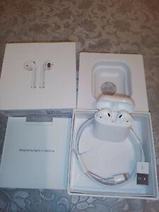 Apple-AirPods-2-Ecouteurs-Intra-auriculaires-sans-Fil-Blanc-MRXJ2AM-A