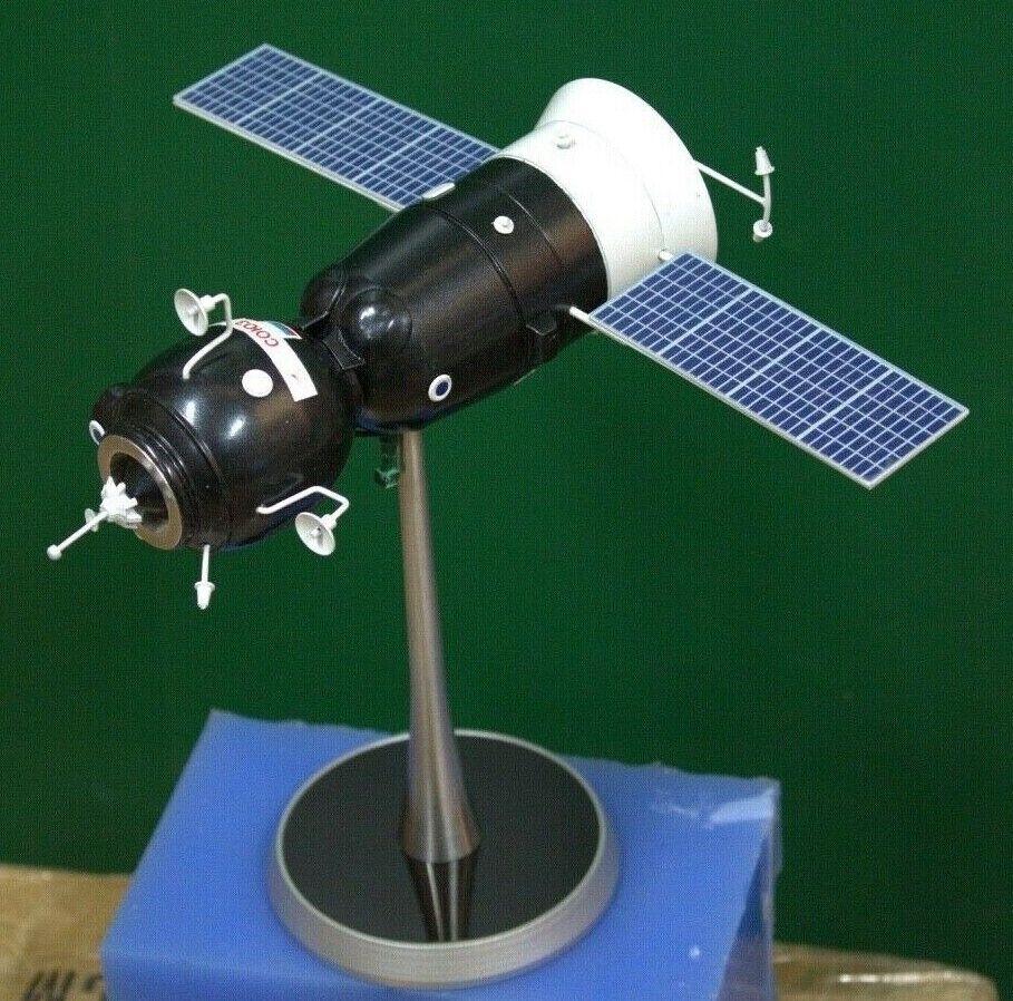 Fatti a uomoo del lanciatore Sojuz TMA modelloLO SCALA 150