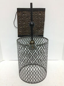 Frontgate Grandinroad Metal Wire Rustic Antique Vintate Light Lamp Wall Sconce