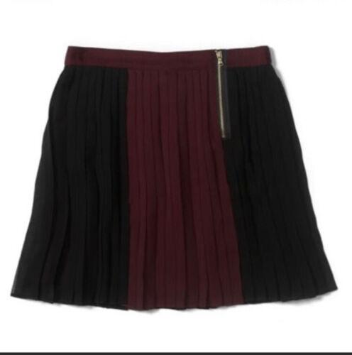 Club Monaco Tessa Skirt Pleated Wine/ Black  Size