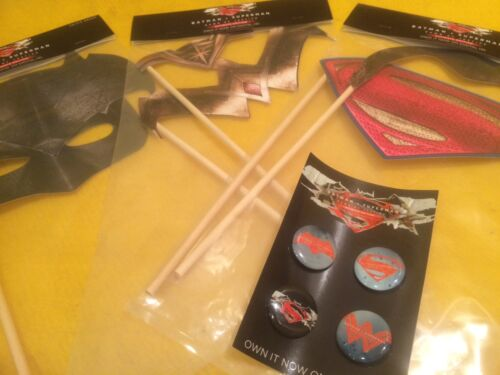 Selfie Props Batman v Superman Wonder Woman,Harley Quinn,Joker,Flash,Rebirth#1