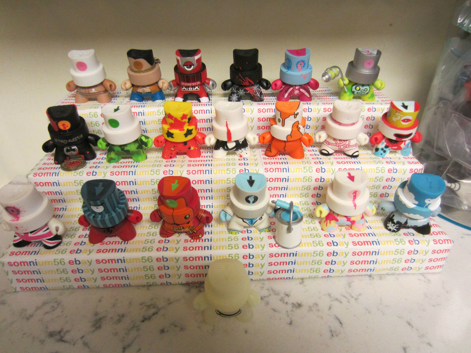 Kidrobot Dunny Fatcap Series 1 complete collection including rare CHASES & CASE