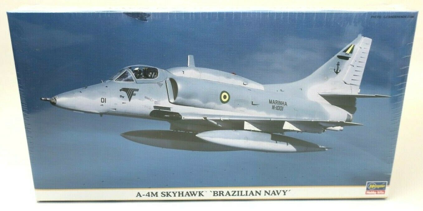 Hasegawa  A-4M Skyhawk  Brazilian Navy  Fighter Plane Model Kit P N  09595 NEW