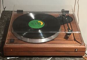 Acoustic-Research-AR-model-291G-turntable-W-GRADO-GRACE-TORN-ARM-amp-dust-cover