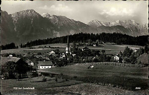 Vill-bei-Innsbruck-Tirol-s-w-AK-1950-60-Gesamtansicht-Berge-im-Hintergrund