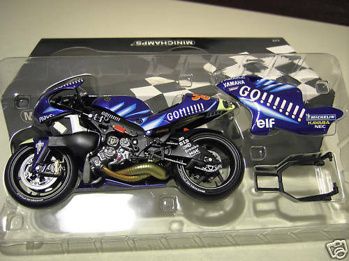 MOTO YAMAHA YZR 500 NAKANO 2002 GO    1 12 Minichamps 122026356 miniature collec