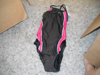 $70.00 Speedo Coral And Brown Performance Bathing Suit 26