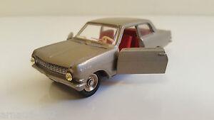 Dinky Toys - 542 Opel Rekord Vn Neuf