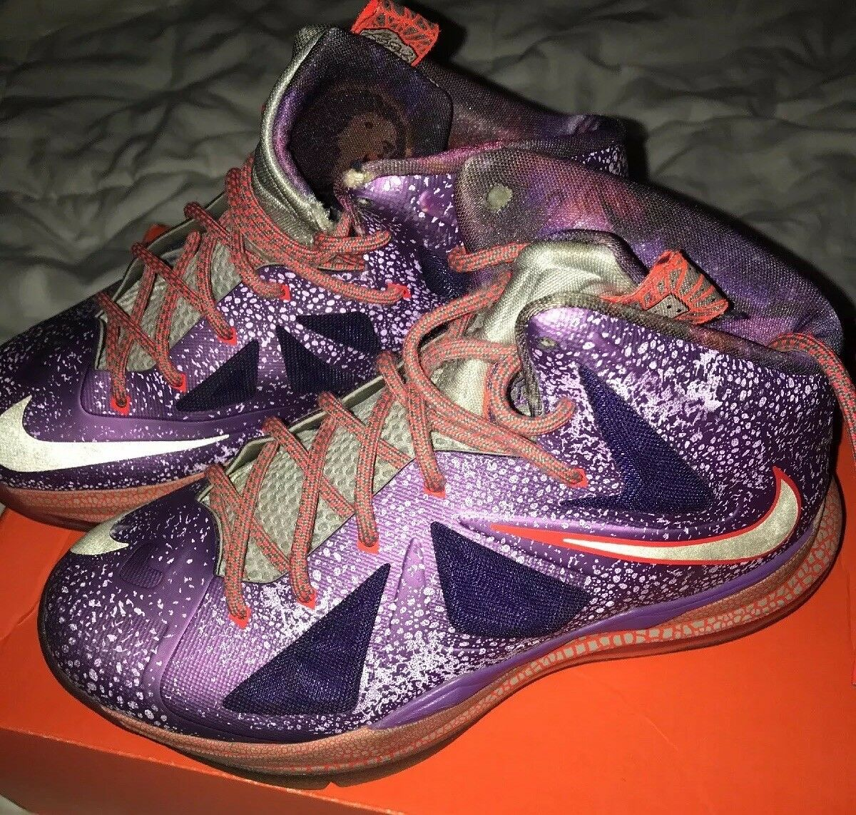 "LeBron 10 ""Area 72"" Size 5.5 (All Star; Extraterrestrial) NIKE"