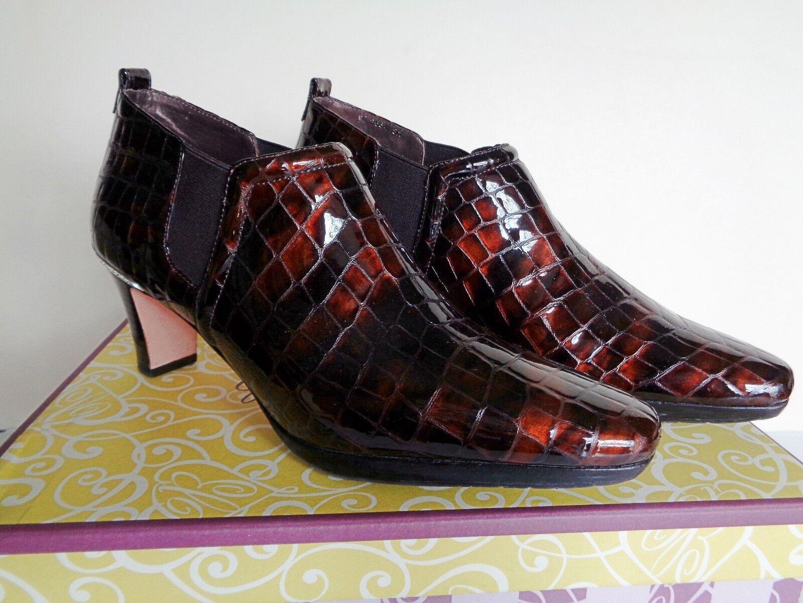 Brighton TRILL Bronze Patent Leather Croc Slip on Ankle Stiefel schuhe 8M EUC  230