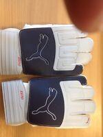 Goalkeeper Gloves Puma Esito Latex Size 5 (20) Grey White See Description