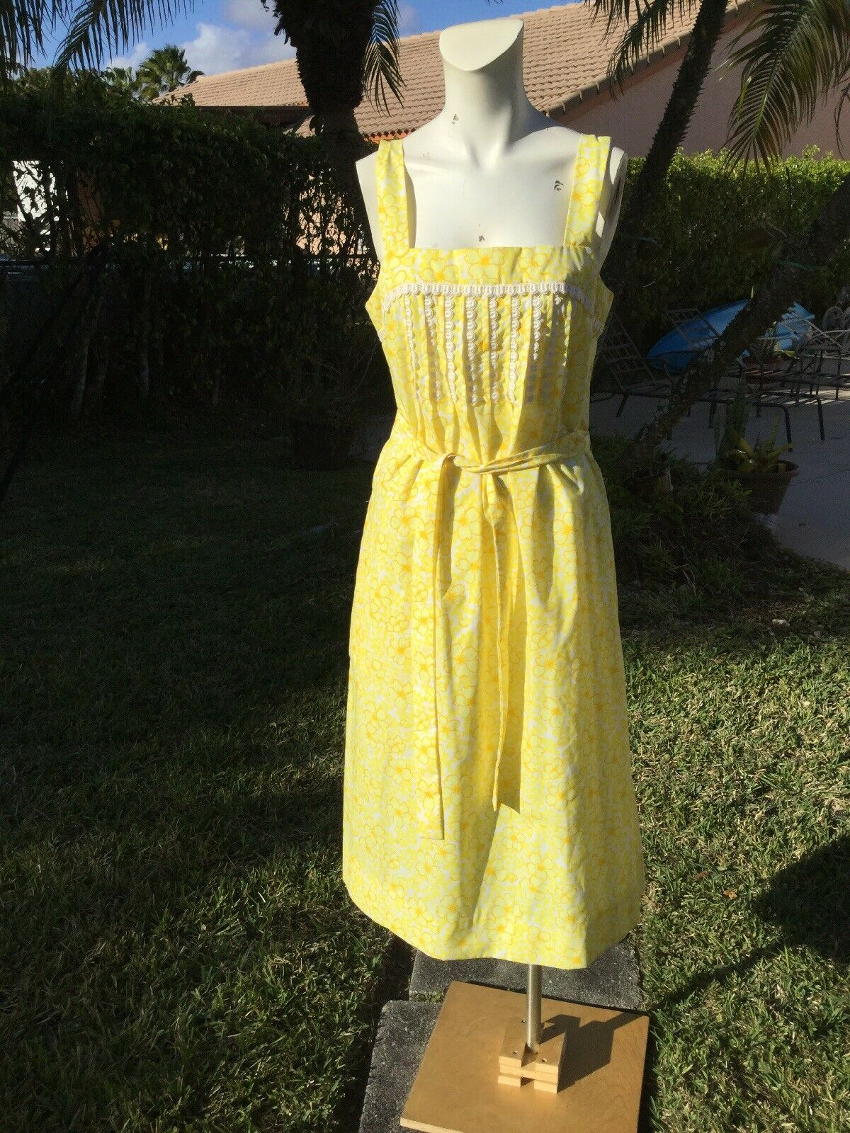 VINTAGE  THE LILLY  Lilly Pulitzer YELLOW FLOWER PRINT BELTED CASUAL DRESS Sz 12