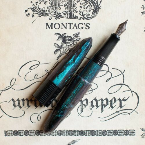 BENU Bossy Chameleon Collection Blue /& Purple and Green Fountain Pen