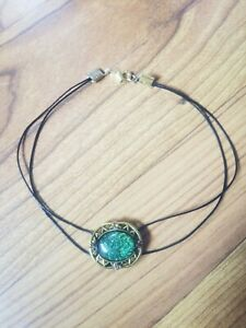 Women-handmade-unique-leather-choker-necklace-with-green-gem