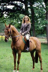 Katja-Studt-For-Horse-Film-TV-7-7-8x11-13-16in-Photo-Not-Signed-Nr-2-5
