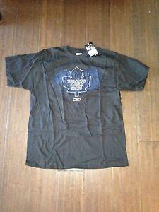 0f8db8ffd8f Toronto Maple Leafs NEW Mens Large Reebok T-Shirt . NHL Hockey Tee ...
